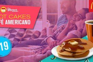 Martes de McDonald's 3 hotcakes y Café Americano a $19