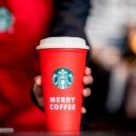 Starbucks te regala un vaso reusable navideño GRATIS
